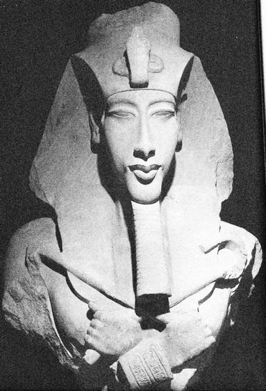 Akenatón, el faraón maldito. Asuán, Crucero, Lúxor. Tell Al Amarna (10 días)