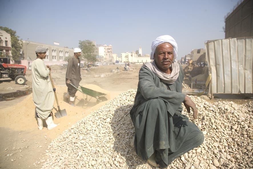 asfaltando Luxor