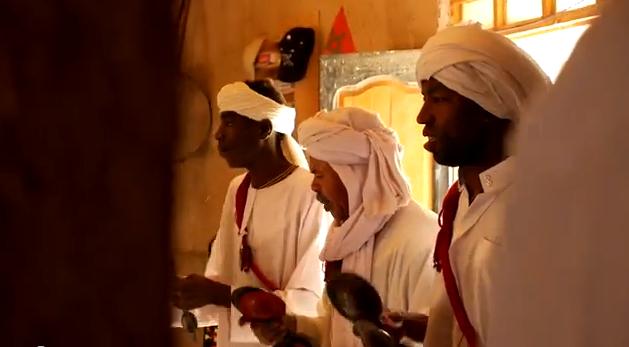 Abril en Merzouga, Marruecos. Músicos de Khamlia