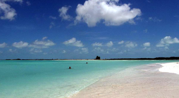 Cayo-Largo-Isla-de-la-Juventud-Cuba.-Author-Luca-Nebuloni.-Licensed-under-Creative-Commons-Attribution-601x330